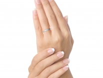 Fotografie prstenu Danfil na ruce