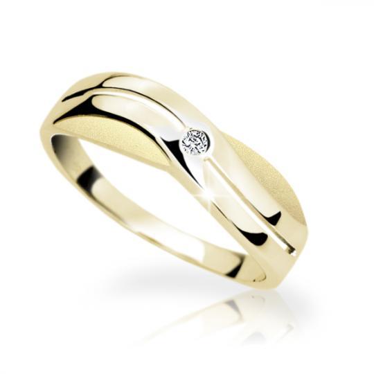Zlatý prsten DF 1562 ze žlutého zlata, s briliantem