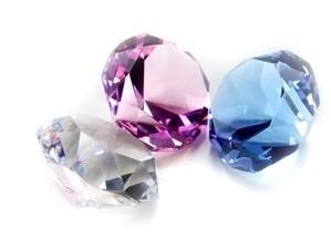 Farba diamantu
