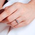 Florence Side Stones   Zásnubný prsteň so stredovým kameňom 0.25 ct, žlté zlato, s diamantmi