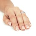 Zlatý dámsky prsteň DF 3193 z bieleho zlata, s briliantom